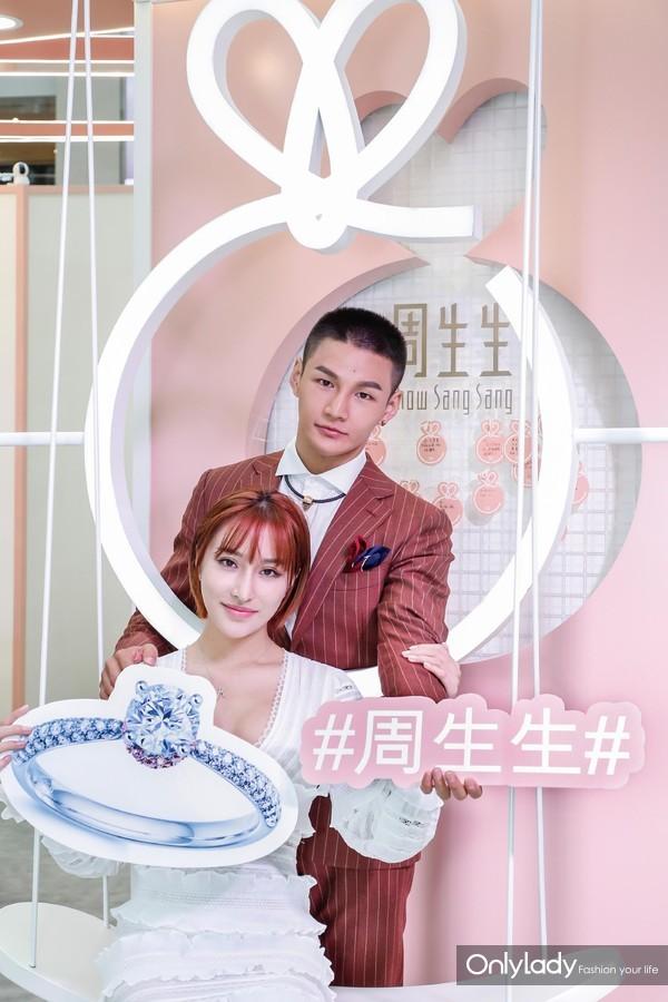 05.知名健身达人邓梓杭、宋昱欣夫妇活动现场图