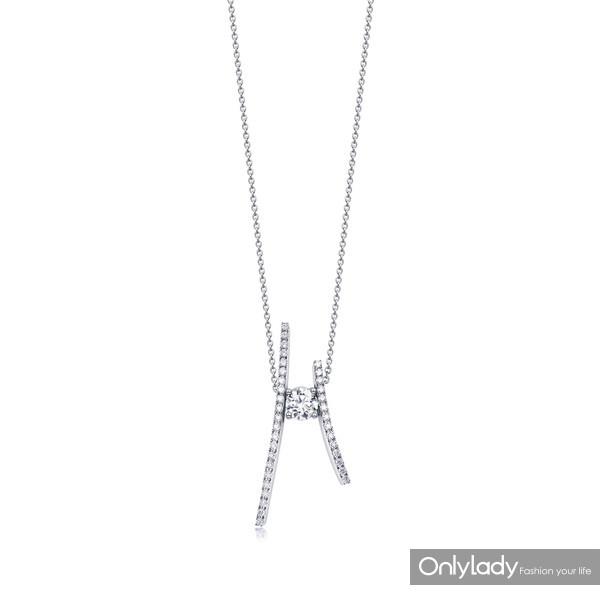 22.周生生 Infini Love Diamond「全爱钻」Iconic 系列18K 白金钻石项链