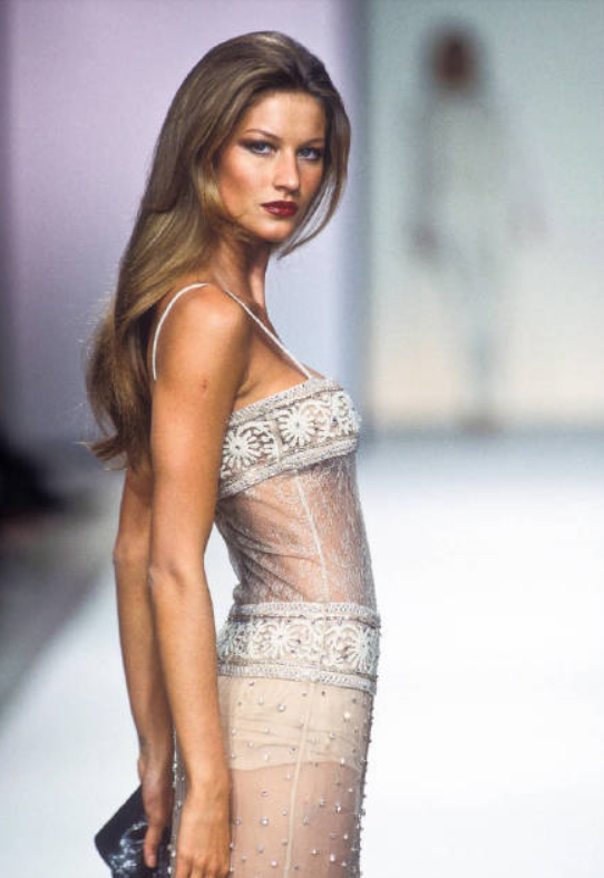 Gisele Bundchen at Valentino Fall 2000