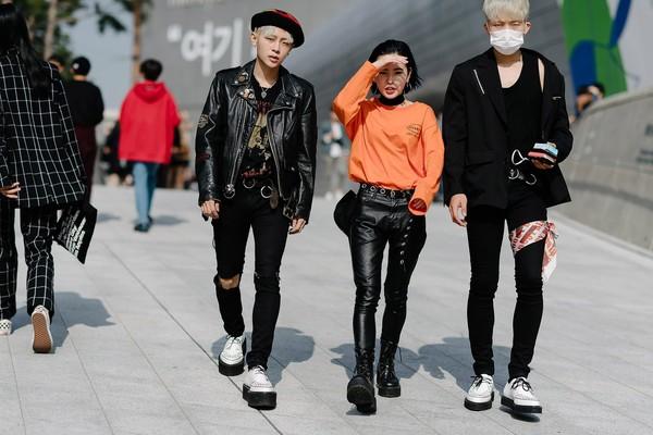 24-day-3-seoul-fashion-week