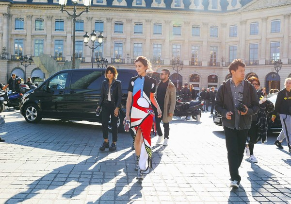 18-pfw-ss17-street-style-day-7-82 (1)