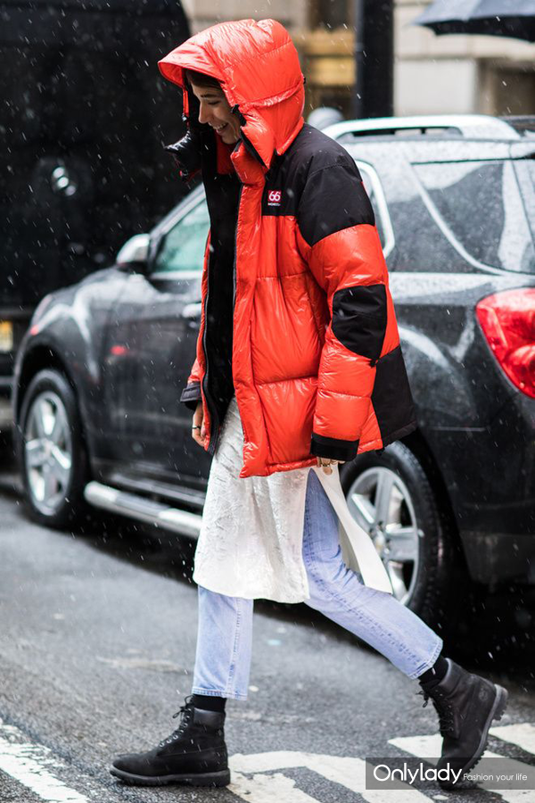 oversized-puffer-jackets-2018-trend-street-style-2