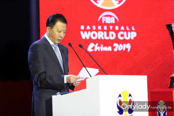 图5:2019年国际篮联篮球世界杯北京赛区组委会常务执行主席、国家体育总局副局长李颖川先生致辞