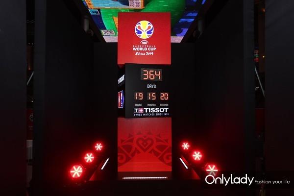 图8:天梭表国际篮联篮球世界杯倒计时钟jpg