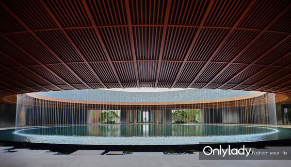 Lobby-daytime(1)