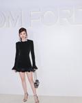 景甜亮相纽约时装周 一袭黑裙尽显典雅魅力