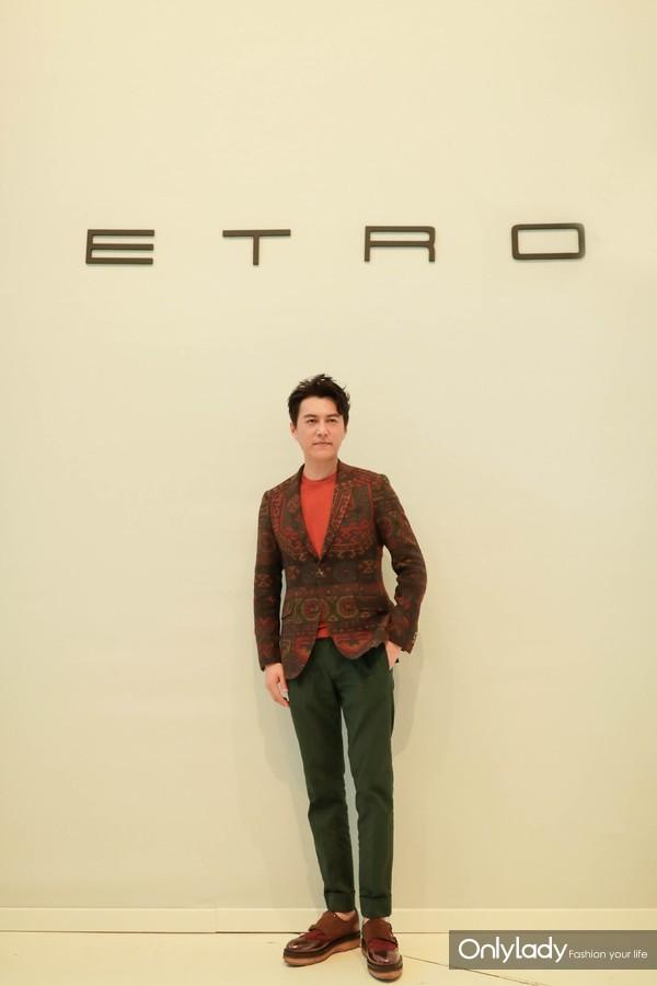 ETRO新任大中华区品牌大使靳东出席-2019春夏女装秀4