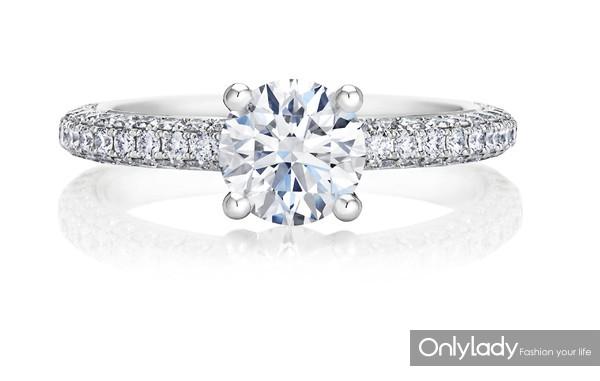 De Beers戴比尔斯Darling钻石戒指