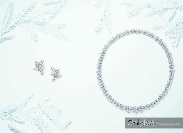 海瑞温斯顿锦簇花环Wreath钻石项链及经典锦簇Winston Cluster系列钻石耳环