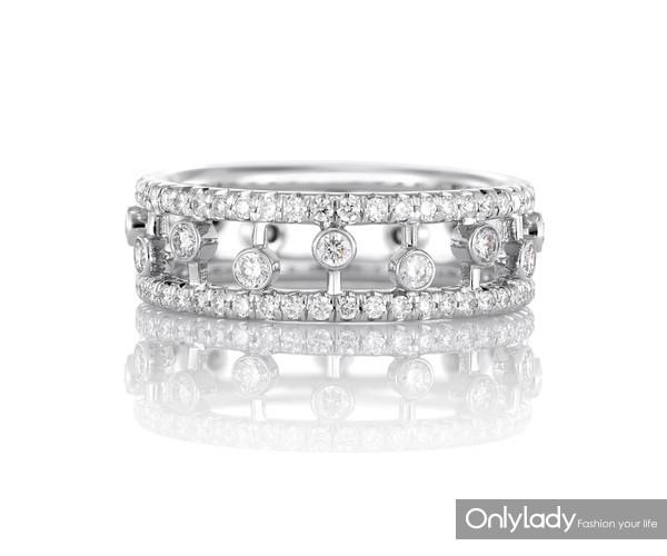 De Beers戴比尔斯Dewdrop钻石戒指
