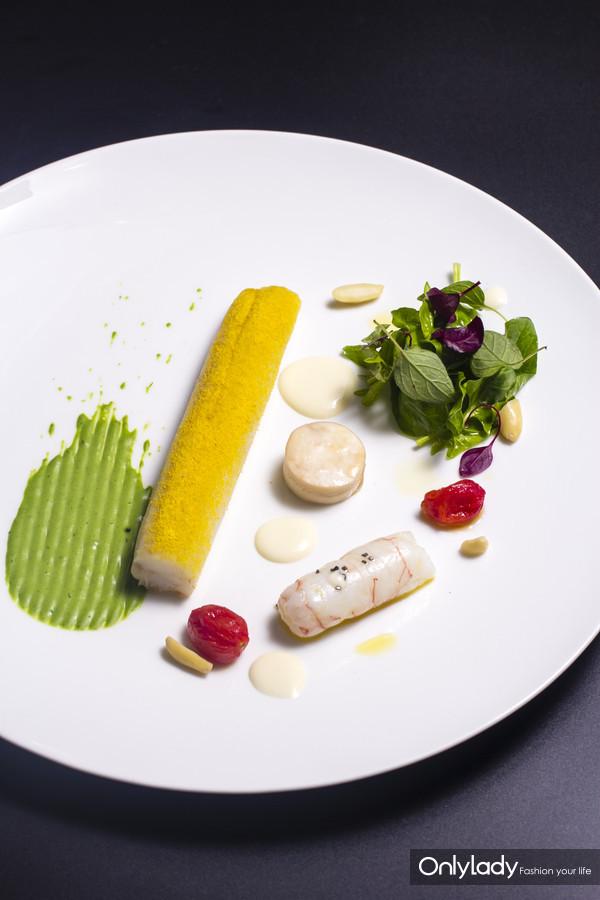 野生比目鱼,菠菜,杏仁,深海鳌虾,南瓜粉2