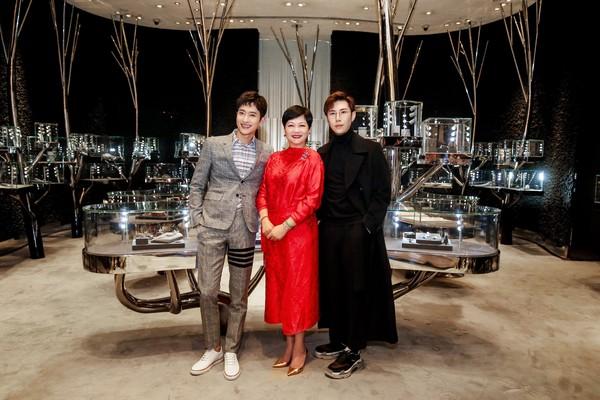 配图4-左起:演员歌手周觅先生、连卡佛大中华区副总裁Irene Lau女士、Ciga Long品牌创始人兼新锐设计师龙梓嘉先生