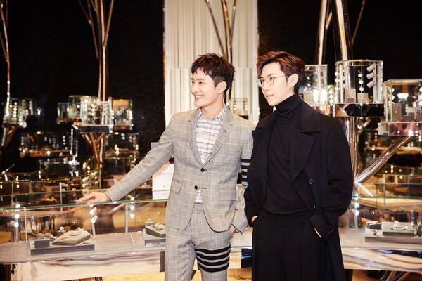 配图11-左:演员歌手周觅先生、右:Ciga Long品牌创始人兼新锐设计师龙梓嘉先生