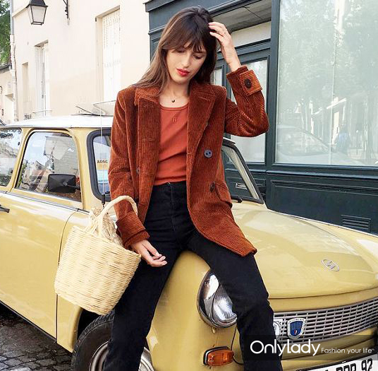 french-girl-fall-trends-231911-1503982643320-main