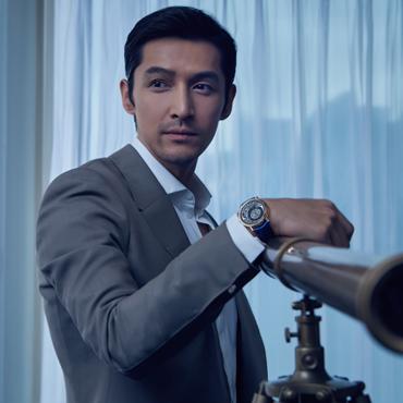 PIAGET伯爵携品牌推广大使胡歌与伯爵家族第四代传人伊夫·伯爵先生共同领略ALTIPLANO超薄腕表的至臻魅力