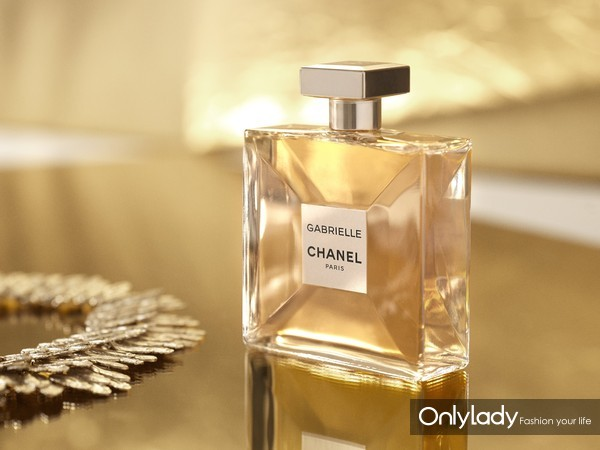 INSPIRATION - GABRIELLE CHANEL BOTTLE-11