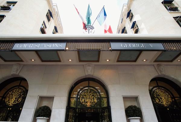 巴黎乔治五世四季酒店 - 酒店外观