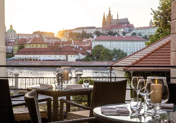 布拉格四季酒店