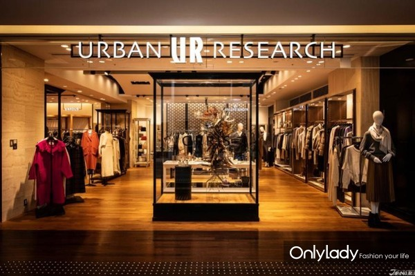 选物店(select shop)的佼佼者 表参道URBAN RESEARCH