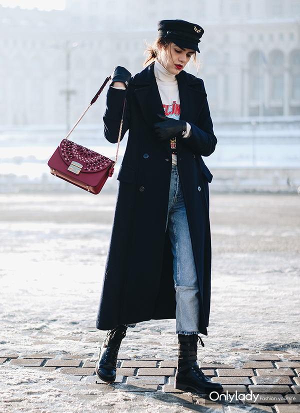 Navy-maxi-coat-tommyxgigi-military-hat-graphic-tee-boyfriend-jeans-cutout-biker-boots-red-furla-metropolis-bag-andreea-birsan-couturezilla-winter-outfit-ideas-5