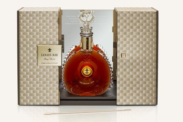 路易十三《时光典藏》之【源-1874】金属礼盒 对卓越初绽时刻的当代演绎