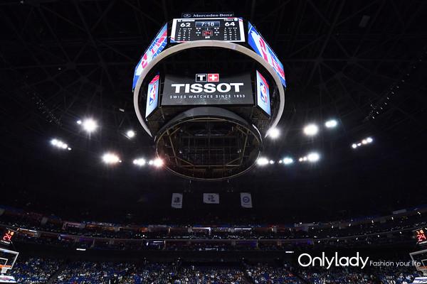 图1:天梭表以精准计时鼎力支持NBA中国赛上海站