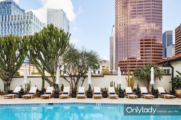 洛杉矶市中心菲格罗亚酒店1