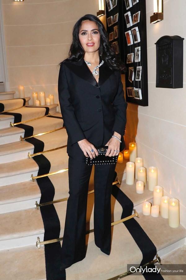 好莱坞影星Salma Hayek-Pinault出席Boucheron宝诗龙全球旗舰店开幕晚宴