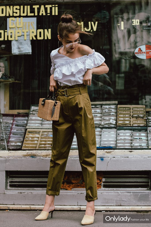 Mango-khaki-high-waisted-trousers-frilled-white-shoulder-top-beige-mules-bamboo-basket-bag-andreea-birsan-couturezilla-cute-summer-outfit-ideas-20-750x1000