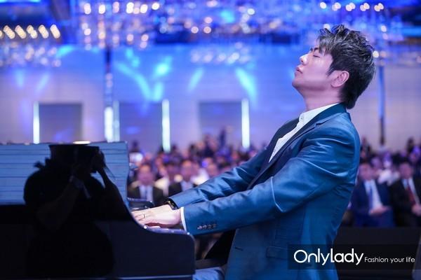 国际钢琴大师郎朗先生带来全方位音乐艺术体验