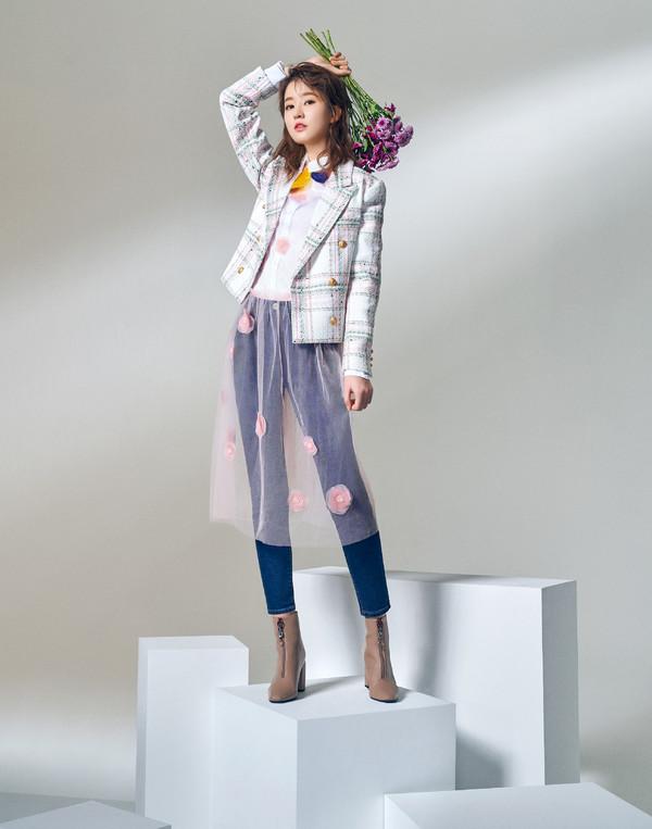【blossom youth专题】乔欣-紫雏菊(小图待更新)