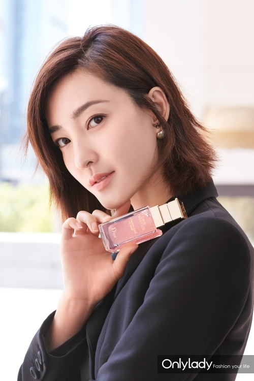 著名演员王丽坤