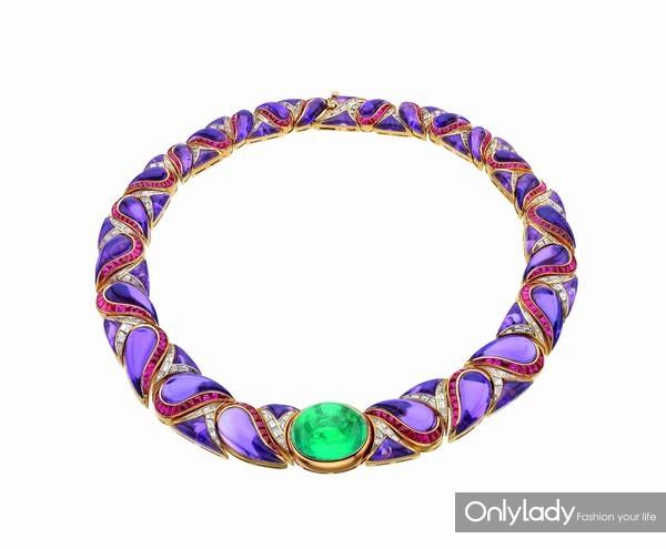 宝格丽古董典藏系列黄金镶祖母绿紫水晶红宝石钻石项链,创作于1989年MUS0026