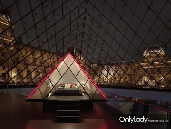 Airbnb爱彼迎邀你开启夜游卢浮宫之旅1