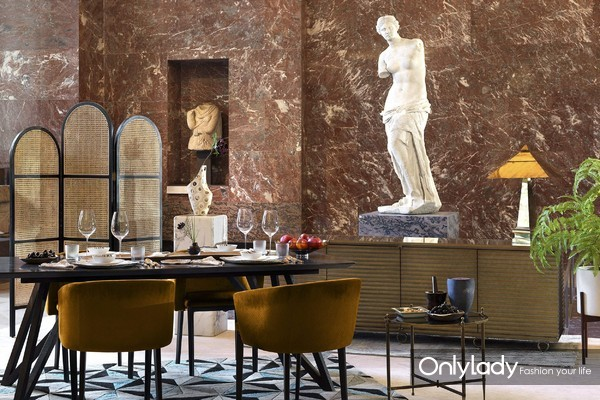 Airbnb爱彼迎邀你开启夜游卢浮宫之旅3