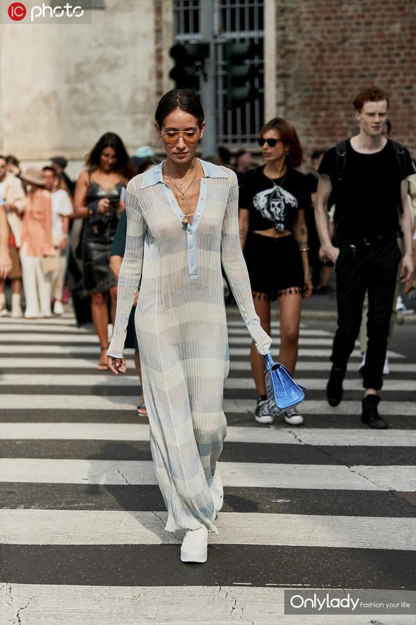 连衣款 时尚博主 Alexandra Guerain
