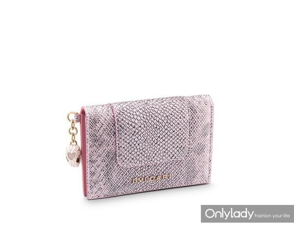 宝格丽Serpenti Forever系列七夕限定玫瑰粉色金属质感水蛇皮风琴包及信用卡夹套装(限量280件) 价格28,000人民币