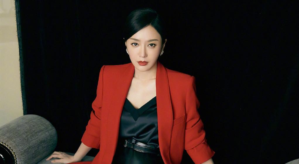 """38岁的秦岚承认自己靠医美""""吃饭""""?还曝出各种内幕??"""