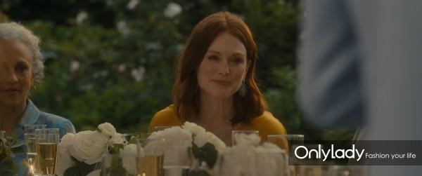 Julianne Moore in Chopard in After the Wedding (3)