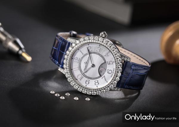 积家Dazzling-Rendez-Vous-Night-&-Day约会系列日夜显示珠宝腕表(白金款,情境图)