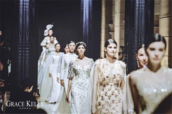 无法拒绝的大牌气质  GRACE KELLY & TOP ZIO 跨界BUND22 奢华演绎时尚峰荟