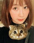 杨紫与男子亲密同游日本?别猜了,反正不是张一山!