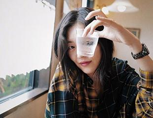 劉雯31年母胎solo,時裝周也缺席,愛哭的她到底咋了啊??