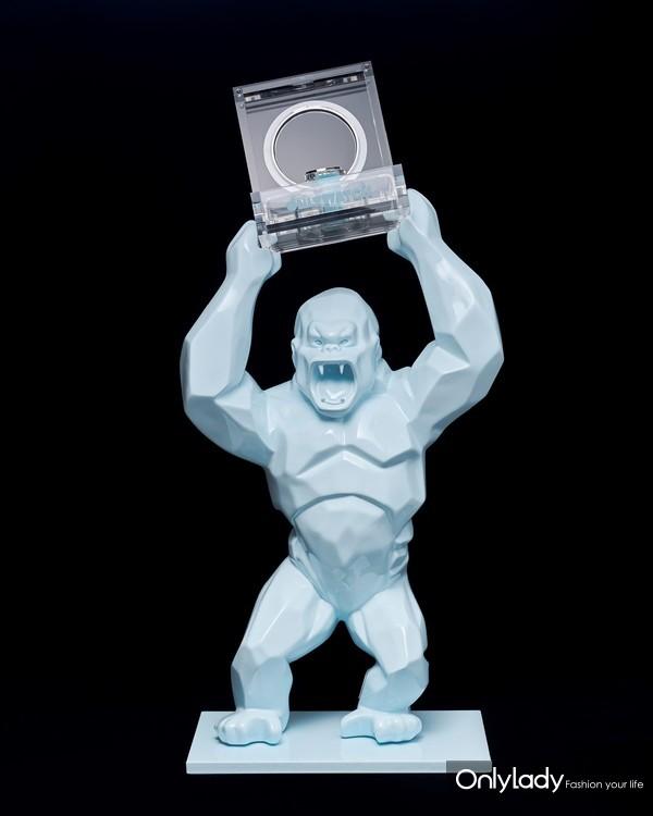 4. ����������·����˹��(Richard Orlinski)������Ʒ--Wild Kong