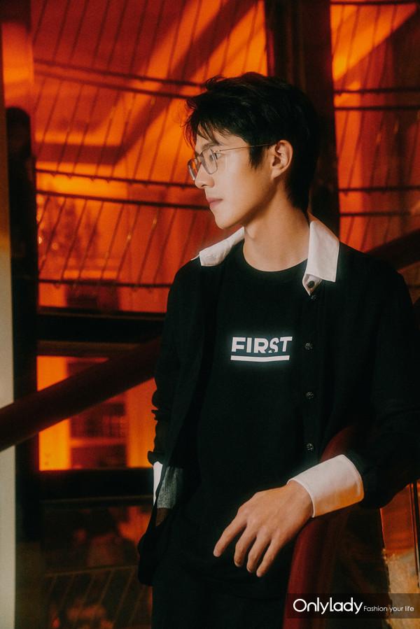 刘昊然 (2)