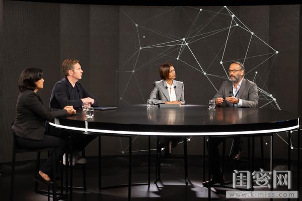 左起:Namita Misra博士,Johan Lundin总监,主持人Asha,Marc Chadeau教授