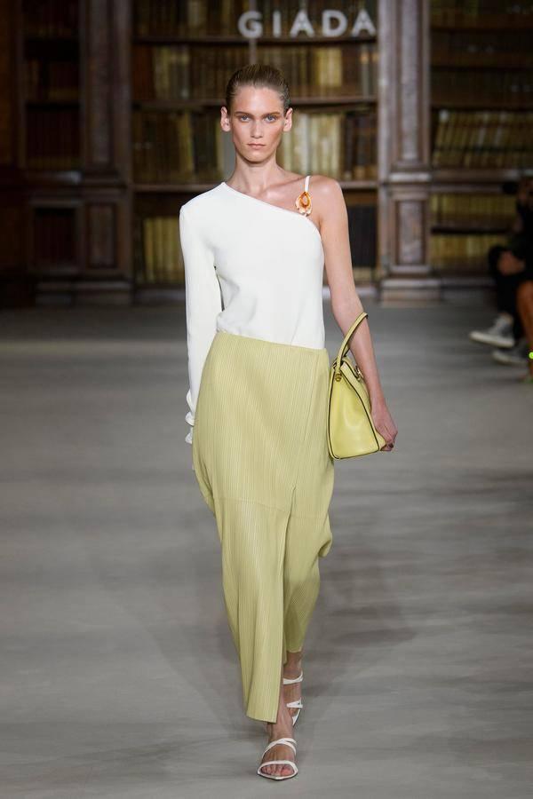GIADA 2022春夏米兰时装大秀——开启流动的艺术盛宴