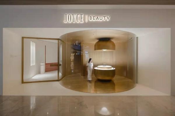 图片包含 室内, 小, 镜子, 水槽 描述已自动生成