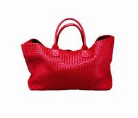 从包包到配饰 Bottega Veneta大展贵妇身段!