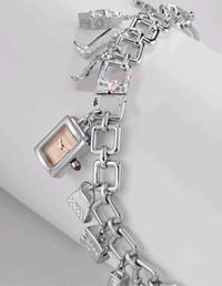 时尚英伦风情:Burberry经典腕表